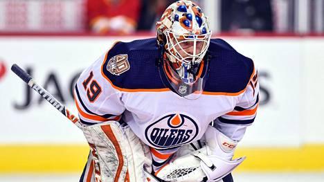 Mikko Koskinen torjui ensimmäisen kautensa Edmonton Oilersin maalilla.
