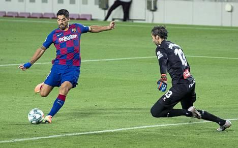 Luis Suárez laukoi viime kaudella FC Barcelonalle 28 liigaottelussa 16 maalia.