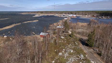 Maisema Saltkaretin näkotornista kuvattuna.