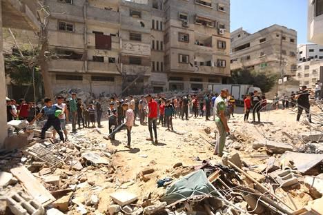 Ainakin 139 palestiinalaista on kuollut ja yli tuhat loukkanatunut maanantaina alkaneissa iskuissa.