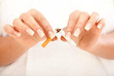Marraskuu on kansainvälinen keuhkosyövän tietoisuuskuukausi. Suomen Syöpäpotilaat ry. nostaa kuukauden aikana esiin keuhkosyöpäpotilaiden ja läheisten kokemuksia sekä lisää tietoisuutta keuhkosyövästä.