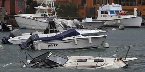 Hurrikaani Igor upotti veneitä Flatts Inletin satamassa Bermudalla.