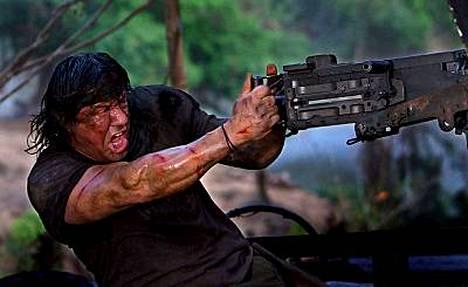 Sylvester Stallone ei pelkää stunttien tekemistä, vaikka ikä jo painaa. Kuva tulevasta Jonh Rambo -elokuvasta.