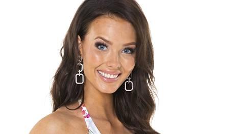 Emmi Suuronen tavoittelee Miss Suomen kruunua. Missifinaali järjestetään 28.9.