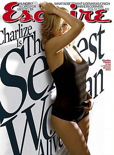 Esquire-lehti valitsi näyttelijätär Charlize Theronin vuoden seksikkäimmäksi naiseksi.