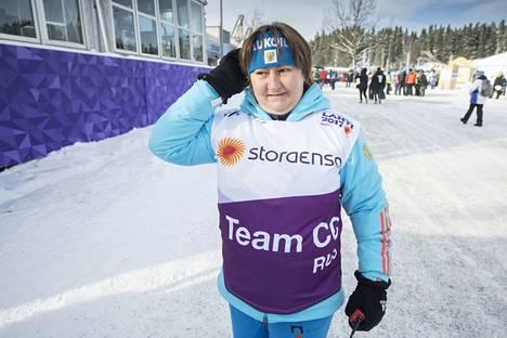 Entinen huippuhiihtäjä Jelena Välbe on tuttu näky kansainvälisissä hiihtotapahtumissa.