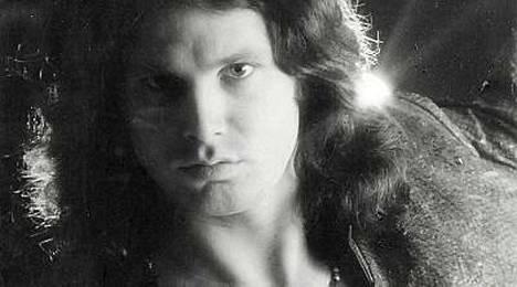 Jim Morrison kuoli Pariisissa 1971.