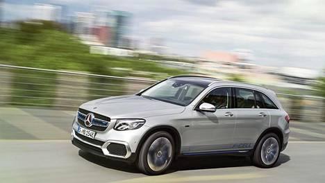 Esisarjan autojen ensiesittelyn jälkeen Daimler valmistelee vahvasti uuden polttokennohybridinsä sarjatuotantoa. CO2-päästöt: 0 g/km.