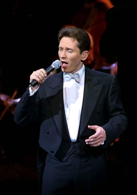 Helmut Lotti konsertoi Finlandiatalolla 2001.