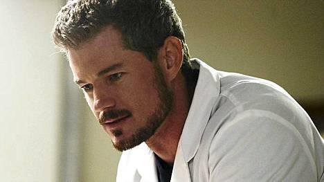 Eric Dane näyttelee tohtori Mark Sloania Greyn anatomiassa.