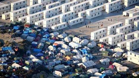 Ranskassa Calais'n kaupungissa sijaitseva suuri pakolaisleiri kuvattuna syyskuussa 2016.