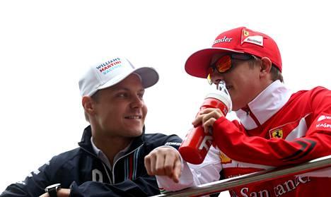 Valtteri Bottas (vas.) ja Kimi Räikkönen