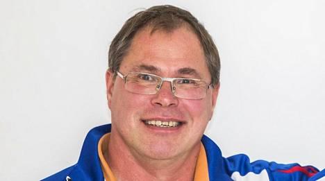 Petteri Jouste on nykyään Nooralotta Nezirin valmentaja.