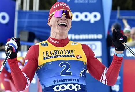 Aleksandr Bolshunov voitti viime vuonna hiihdon maailmancupin. Neuvostoliiton kaatumisen jälkeen yksikään venäläishiihtäjä ei ole pystynyt samaan.