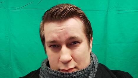 Arttu Hämäläisen hiukset kokivat melkoisen muutoksen katsojahaasteen takia. Tämä kuva on otettu ennen hiusprojektia.