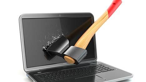 Monimutkaisiksi tehdyt evästekäytännöt saattavat monet netinkäyttäjät raivon partaalle.