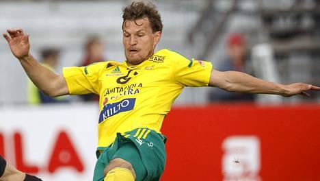 Jussi Kujala palaa Ilveksen joukkueeseen Valenciaa vastaan.