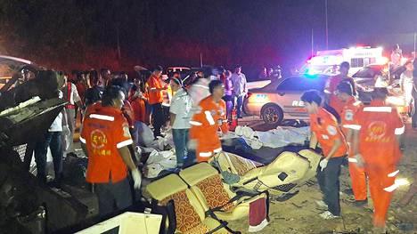 Onnettomuus tapahtui Nakhon Ratchasiman provinssissa.