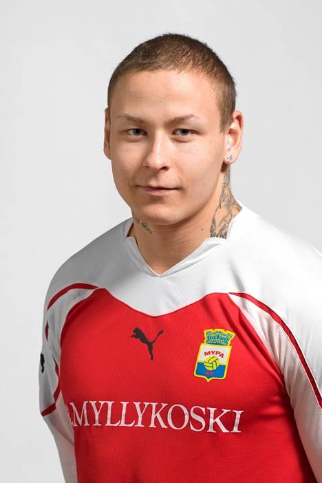 Pele Koljonen on pelannut muun muassa MyPassa.