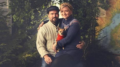 Kaipuu merelle sai Linda Räihän ja Niko Kaveniuksen muuttamaan Utöseen. Ensi kesänä he näyttävät ulkomaalaisille matkailijoille onnellisuusoppaiden roolissa, minkälaista elämä Utön saarella on.