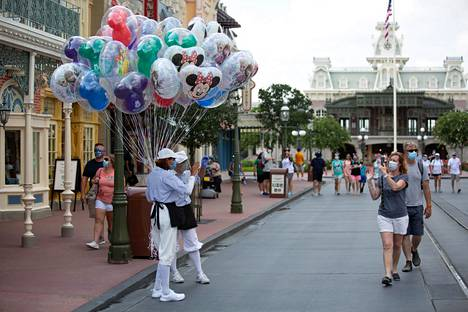 Disney World avasi lauantaina ovensa.