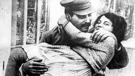 Svetlana oli Stalinin pikku prinsessa