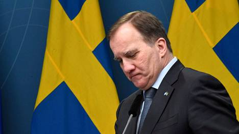 Ruotsin pääministeri Stefan Löfven median edessä 8. tammikuuta 2021.
