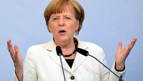 Angela Merkel ei vastannut puheluun, joten ei ole selvää, olisiko hän tiennyt oikean vastauksen kysymykseen.