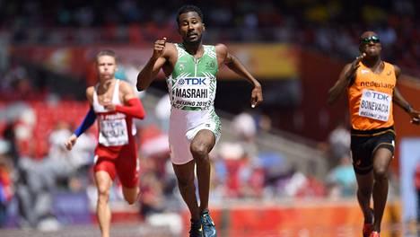 Yousef Ahmed Masrahi juoksi 400 metrin alkuerissä hirmuajan 43,93.