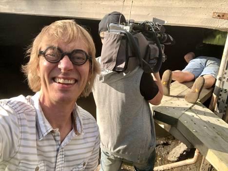 """Ma 12.7. """"Saukkolaskijan kanssa kevennyskeikka sillan alla Espoossa."""""""