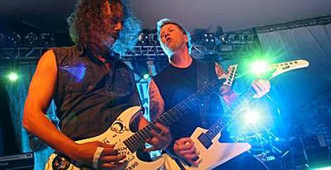 Metallica ottaa jäsenyyden vastaan 4. huhtikuuta.