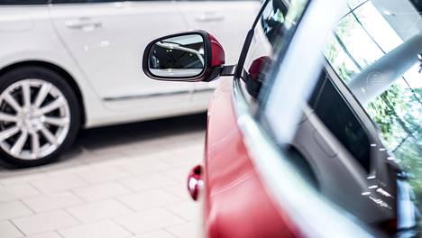 Uudet pikkuautot eivät myyntilukujen valossa juuri kiinnosta suomalaisia.
