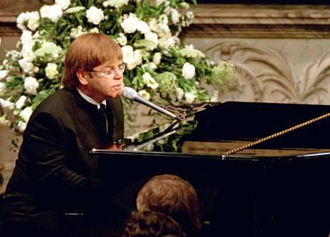 Elton Johnin hautajaisissa esittämästä Candle in the Windista tuli kaikkien aikojen toiseksi myydyin single. Tuotot ohjattiin Dianan tukemille hyväntekeväisyysjärjestöille.