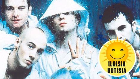 90-luvulla suosionsa huipulla ollut East 17 -yhtye myi maailmalla yli 18 miljoonaa levyä. Tony Mortimer kuvan vasemmassa yläkulmassa.