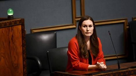 Pääministeri Sanna Marin (sd) eduskunnan kyselytunnilla.