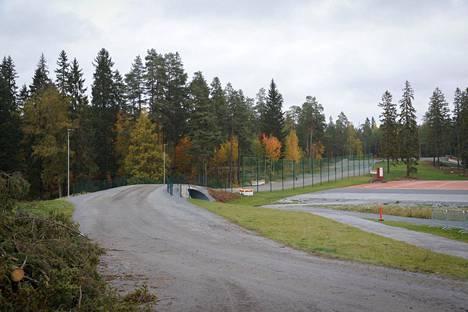 Uhkaava tilanne tapahtui Tampereen Kaupissa lähellä UKK-instituuttia, keskellä metsää.