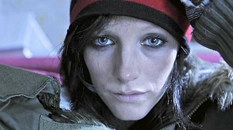 Vuosaari on elokuva suomalaisesta rakkaudesta vuonna 2011. Laura Birn näyttelee sekakäyttäjä Iiristä.