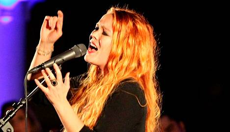 Johanneksen kirkossa laulanut Anna Puu aikoo olla tauolla kesän ja syksyn ajan.