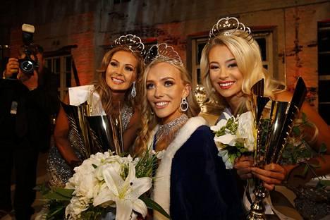 Anni Harjunpää kruunattiin vuoden 2019 Miss Suomeksi ja toisen perintöprinsessan kruunun nappasi Riikka Uusitalo.