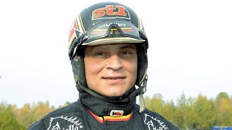 Heni Bollström on tuhannen voiton klubin uusin jäsen.