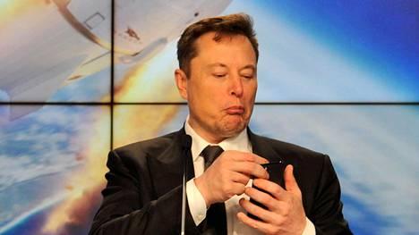 Elon Musk on ahkera Twitterin käyttäjä.
