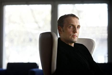 Tomi Lindblom korostaa, että vip-pakettien sisällöt ovat aina artistin itsensä käsissä. Kuva vuodelta 2009.