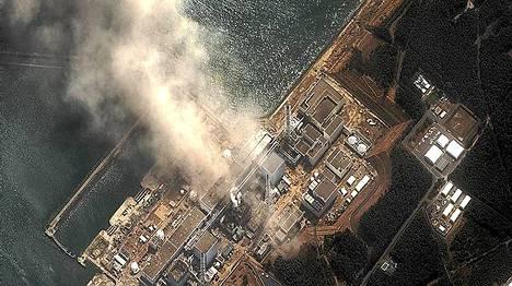 Fukushiman ydinvoimala vaurioitui pahoin maaliskuun maanjäristyksessä ja tsunamissa.