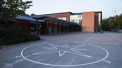 Espoon sivistystoimi on saanut maanantaina selvityksen Tiistilän koulun oppilaan kuolemasta.