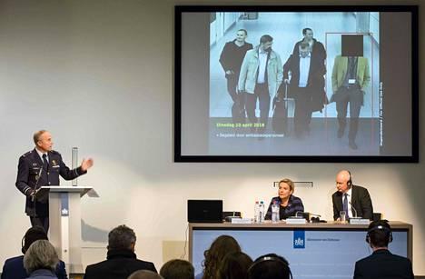 Hollannissa esiteltiin torstaina kuvia GRU:n agenteiksi epäillyistä miehistä.