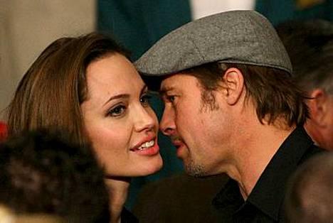Brad Pitt oli Angelina Jolien paras tuki tämän äidin kuoltua.