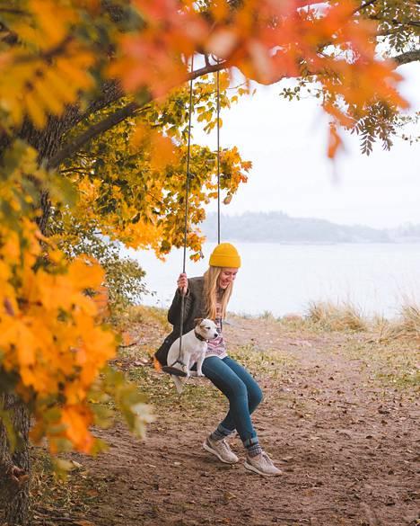 Syksyllä Vanonen ja Yoda tekivät ruskaretken Suomessa.