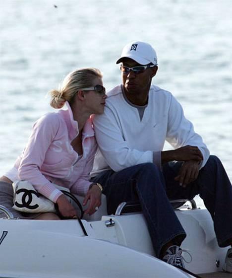 Tiger Woods pääsi takaisin kotiin.