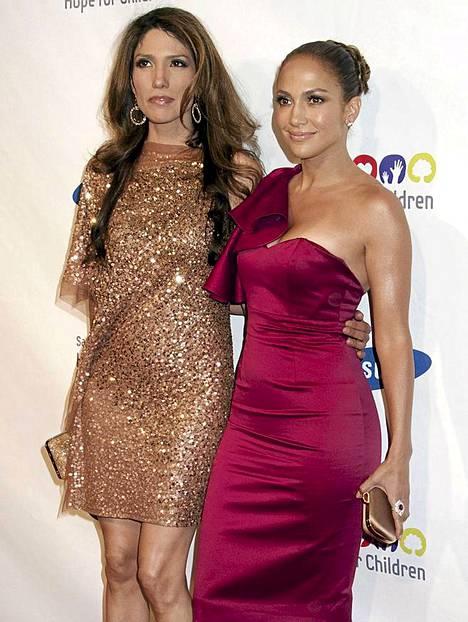 Jennifer ja Lynda Lopez