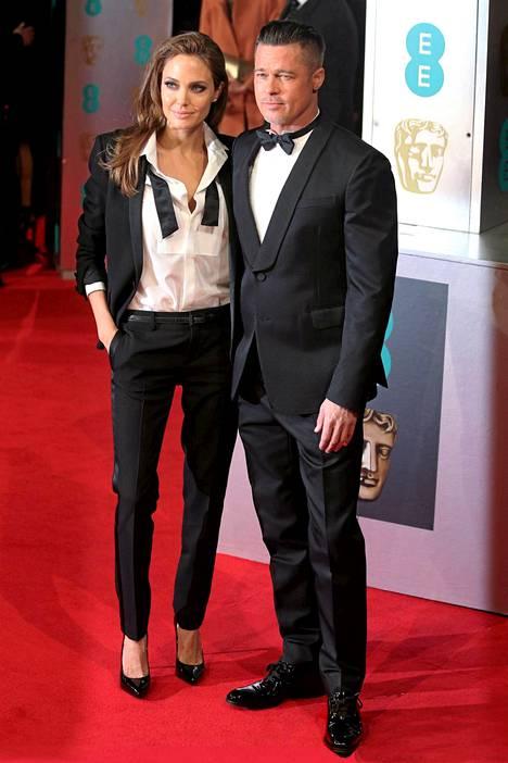 Angelina Jolien ja Brad Pittin rakkaus roihahti yhteisen elokuvan kuvauksissa vuonna 2005. Sen jälkeen heitä ei ole samassa elokuvassa nähty.